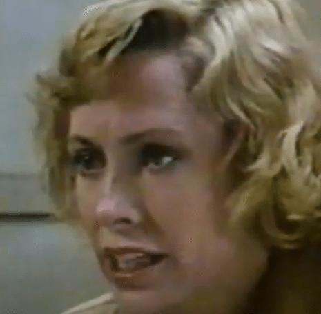 カレン・バークレイ(88)