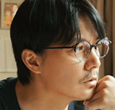 乙坂鏡史郎
